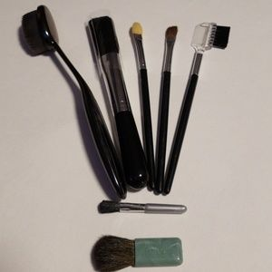 7 Assorted Tools with Mini Clinique Brush